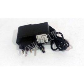 ALIMENTADOR CONMUTADO 5V 2A (0,7X2,35X9mm) ESPECIAL TABLET